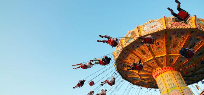 movement on amusement park ride