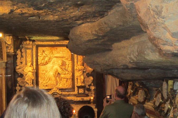 Manresa cave