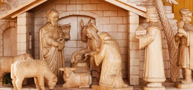 magi at the manger