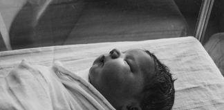 newborn - photo by Kelly Sikkema on Unsplash