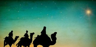 Magi following the star