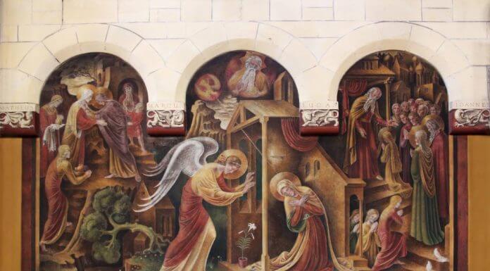 Annunciation center panel - photo by Daniëlle Molenaar from Pexels